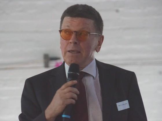 Prof. Lorenz Jarass