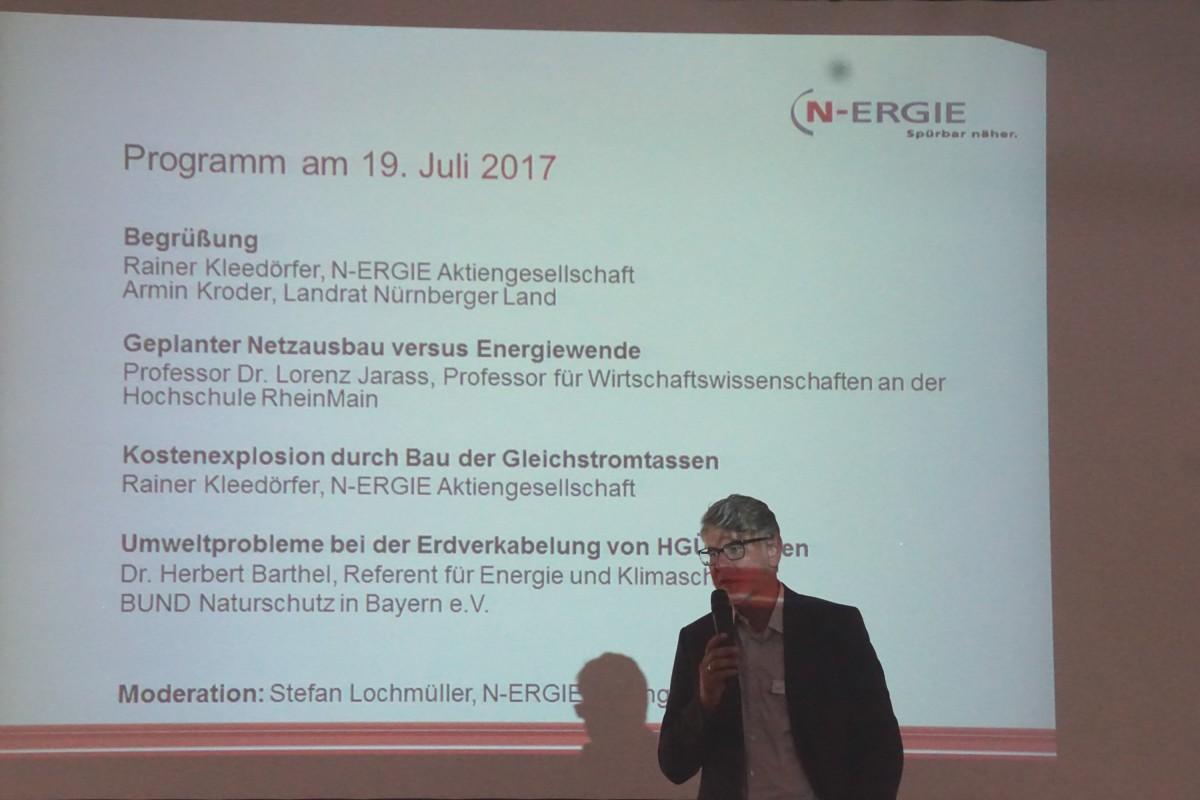 Rainer Kleedörfer, N-ERGIE, stellt das Programm vor